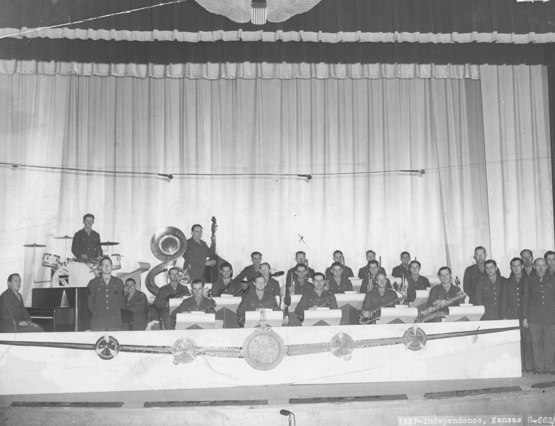 Kleinhammer_Army_Stage_Band_c.1944