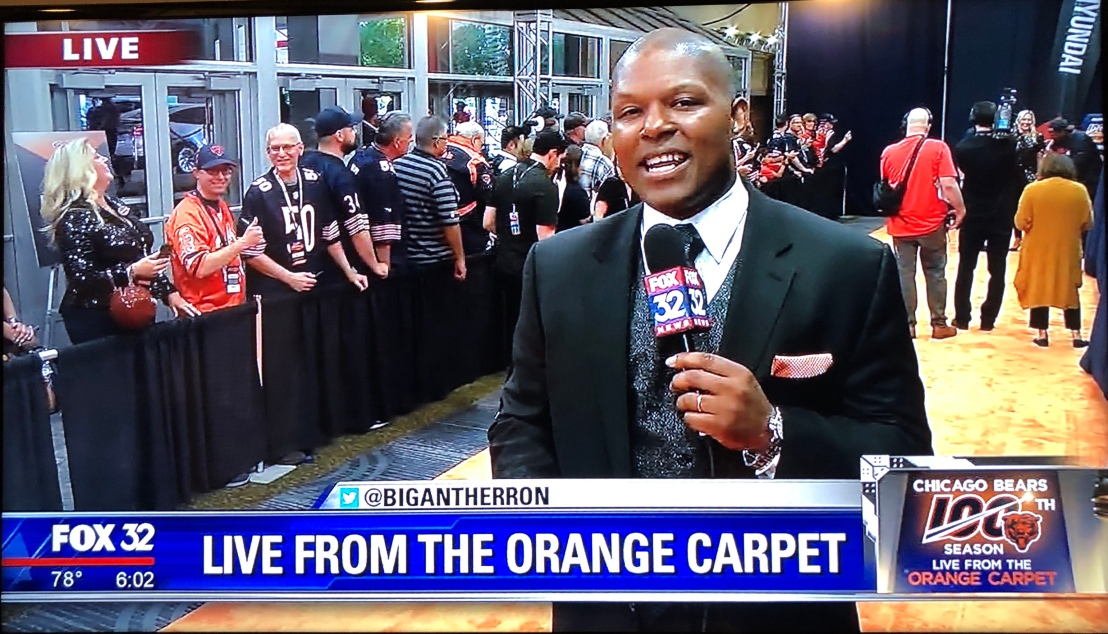 Chad_Doug_orange_carpet_Bears_2029