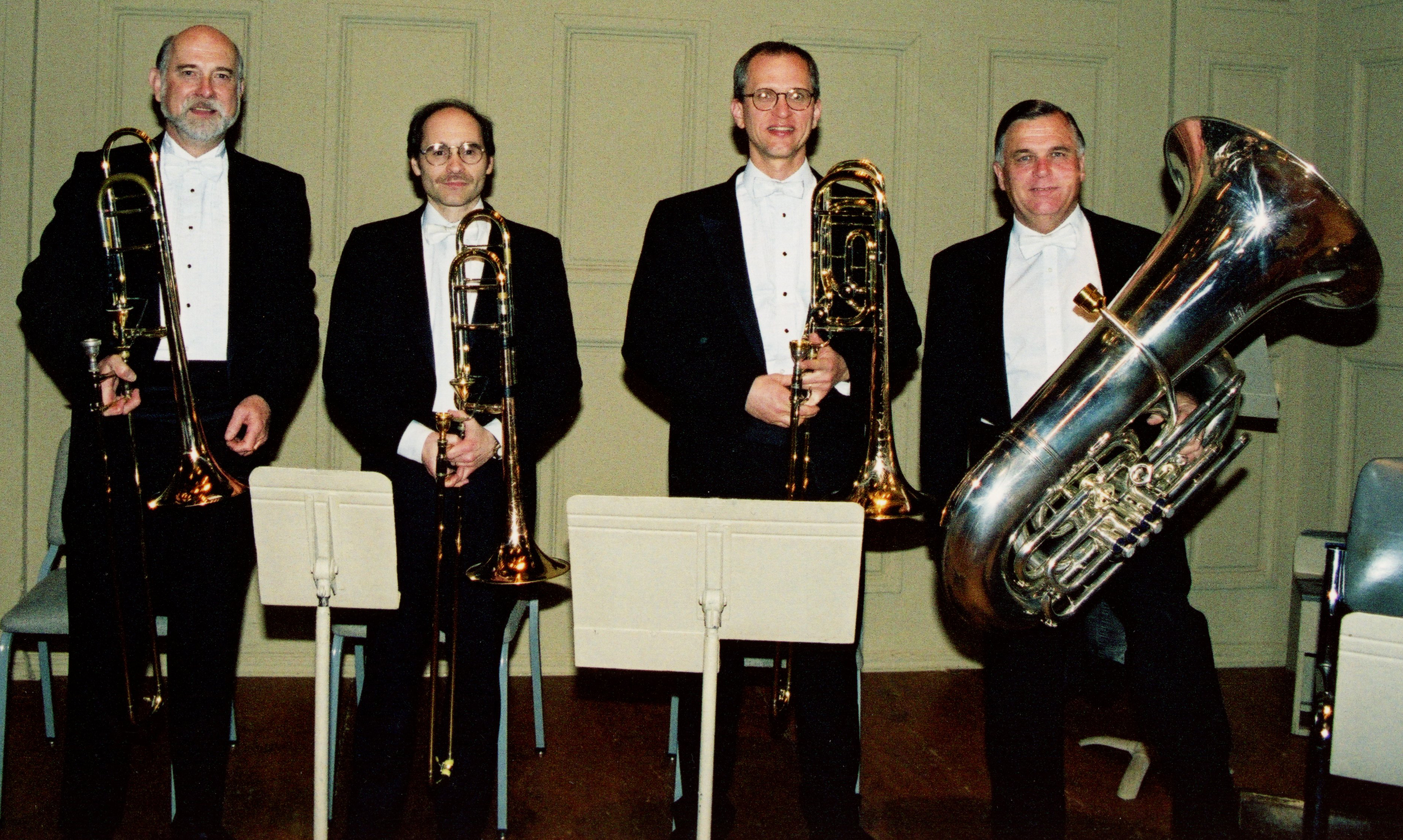 Boston_Symphony_low_brass_section_Barron_Bolter_Yeo_Schmitz_2001_standing