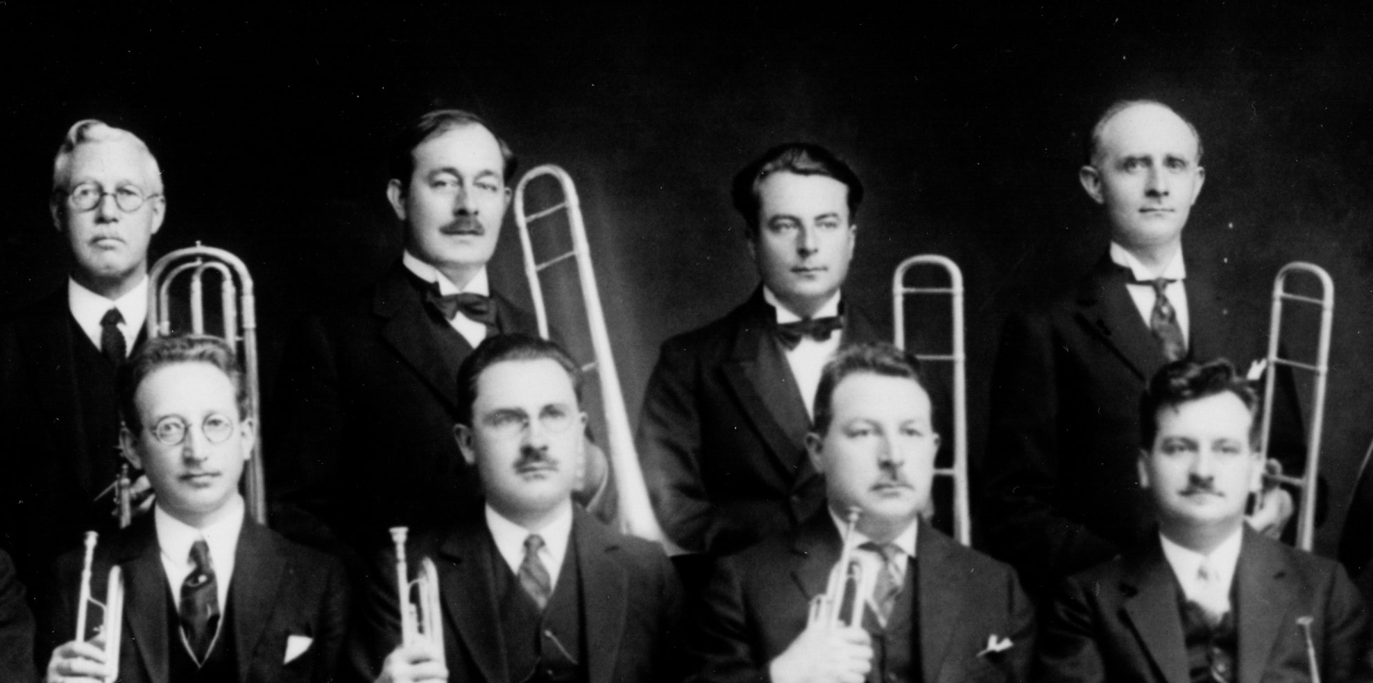 Boston_Symphony_brass_section_Rochut_1925_detail