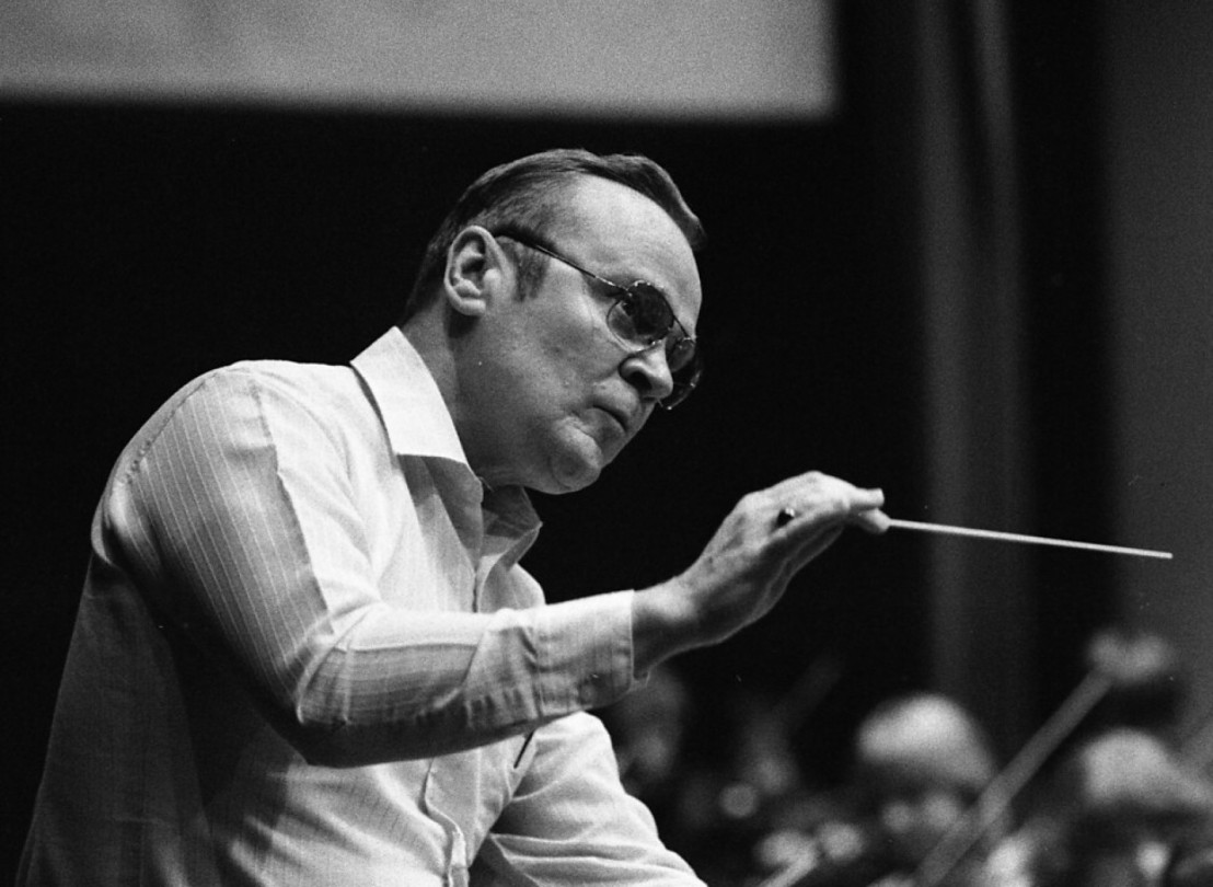 Henry_Charles_Smith_conducting